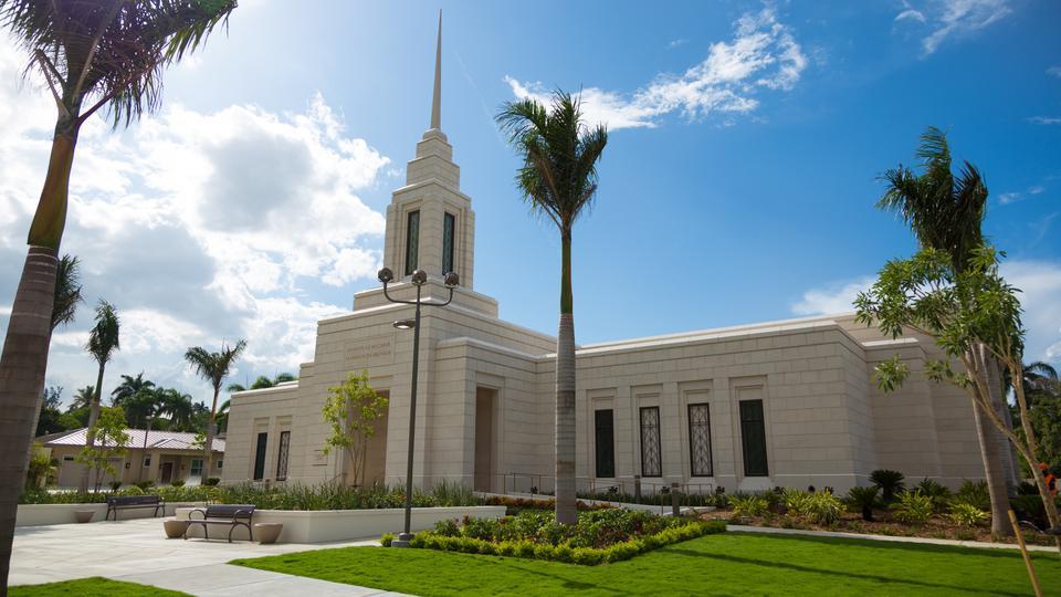 Inicia casa abierta del Templo de Puerto Príncipe, Haití